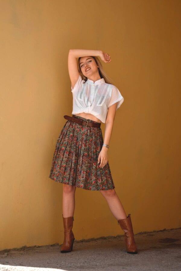 skirt boots shirt
